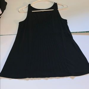 Eileen Fisher 100% silk black tank top size small
